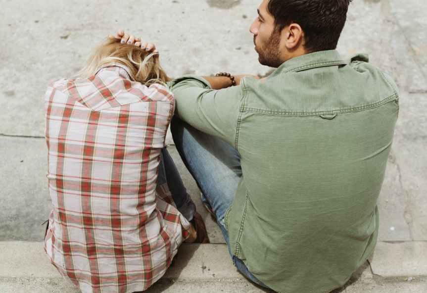 Vztahová vzdálenost aneb proč někteří ve vztazíchtrpí